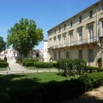 640px-226_Montpellier_La_Place_de_la_Canourgue_L'hôtel_particulier_Richer_de_Belleval