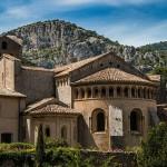 640px-Extérieur_de_l'Abbaye_de_Gellone_à_Saint_guilhem_le_désert